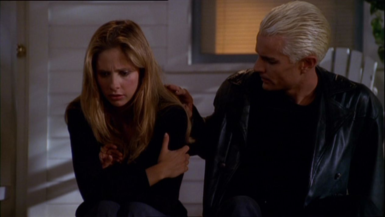 "Photo of 'Buffy the Vampire Slayer': 20 great ""Spuffy"" moments"