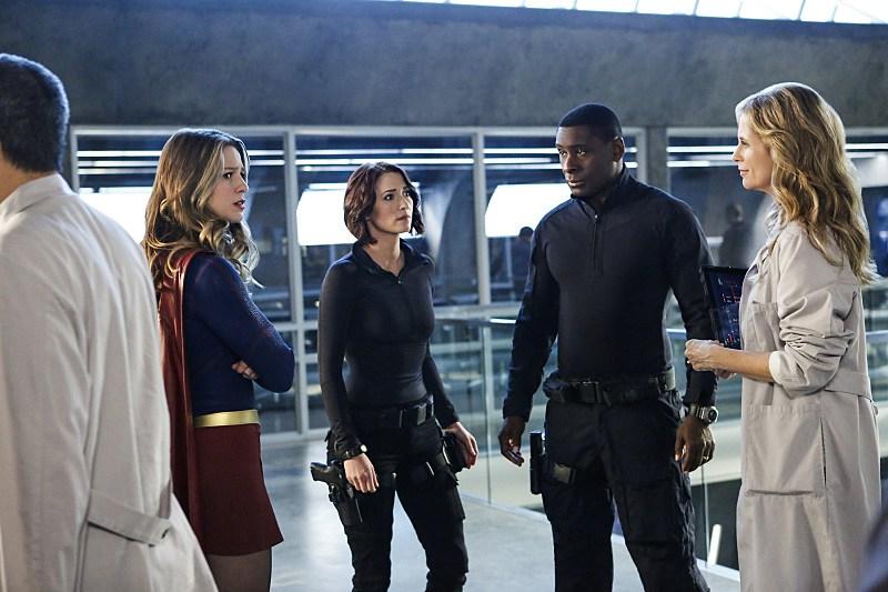 """Photo of 'Supergirl' crossover event recap: 2×08 """"Medusa"""""""
