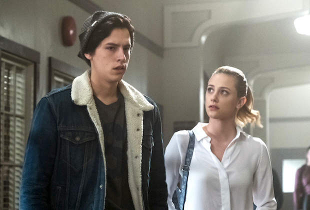 Photo of 'Riverdale' 2×05: 13 most WTF moments