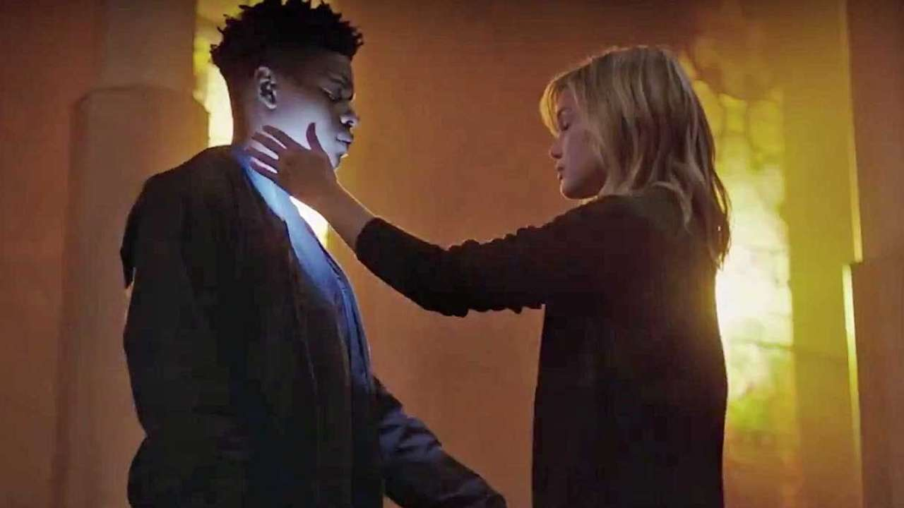 "Photo of 'Cloak and Dagger' EP, stars Olivia Holt, Aubrey Joseph at SDCC: ""Kids will save the world"""